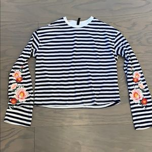 2/$20 H&M Striped Embroidered Floral Sleeve Top